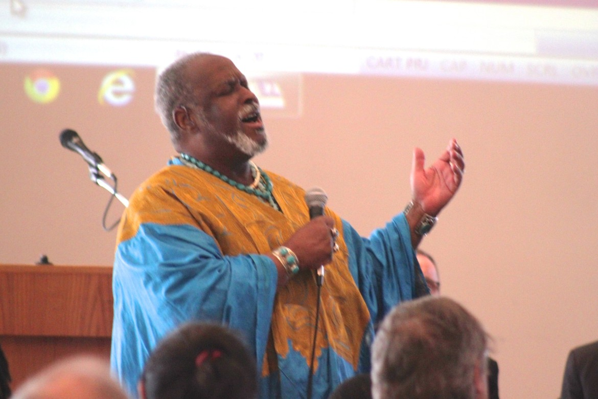 Dr. Francois Clemmons wowed those at the Unity Breakfast by singing traditional spirituals.
